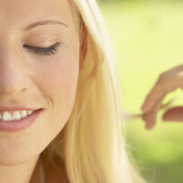 Blondinen vs. Brünett – Haarfarben als Charaktereigenschaften?